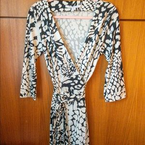 Diane von Furstenberg 100% Silk Black&White Dress